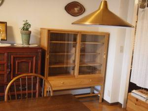 ナラ 食器棚