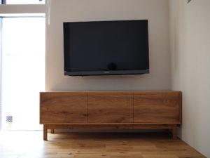 ナラ 節あり テレビボード