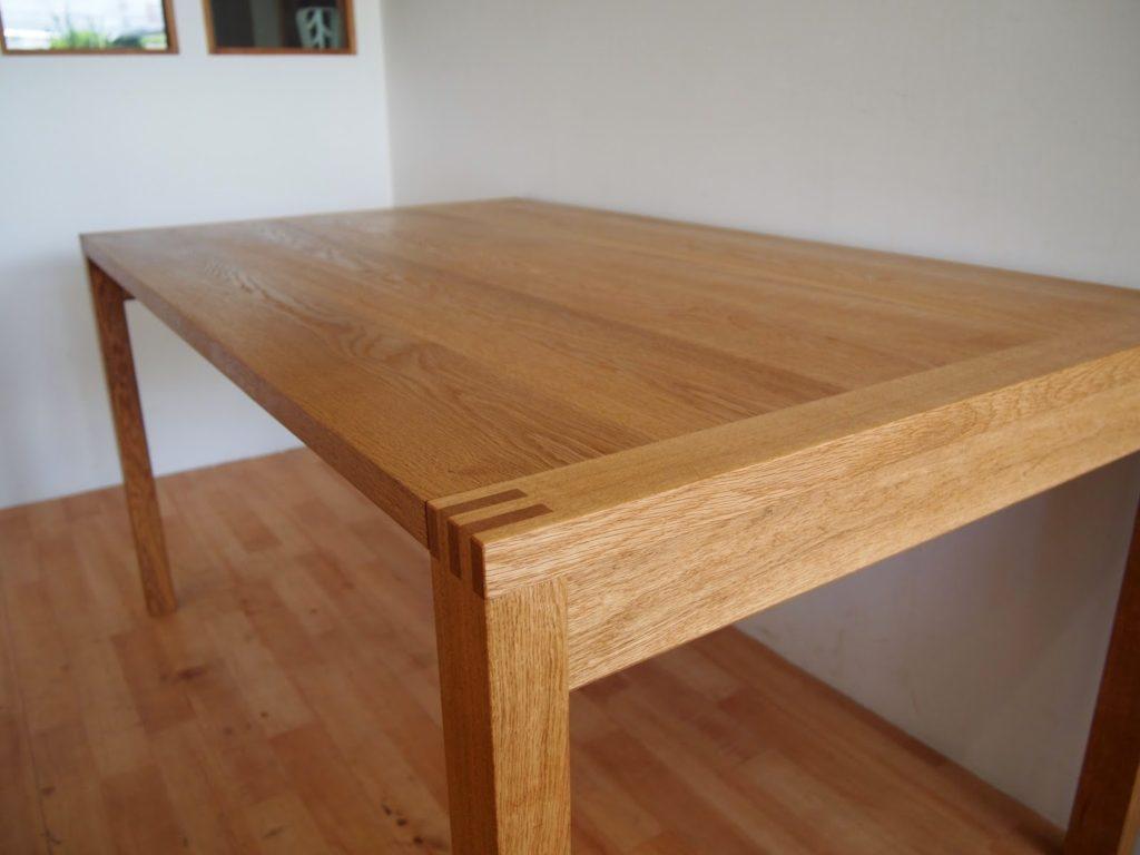 ナラ ダイニングテーブル
