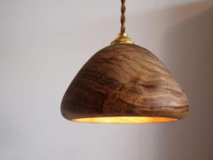 木のライト 照明器具