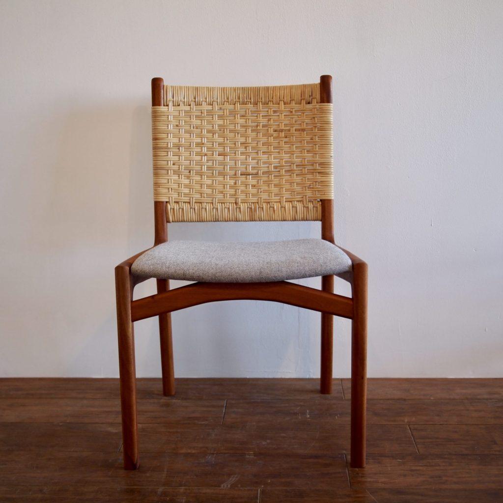 藤編みチェア